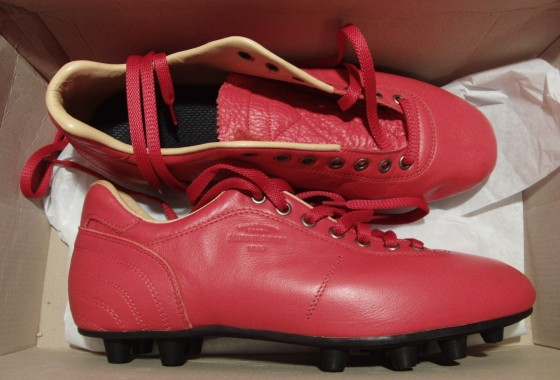 Pantofola d'Oro Soccer Cleat