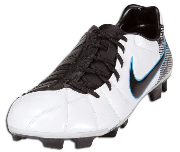 98f72919ee1 Nike T90 Laser III in White Black Chlorine Blue Released