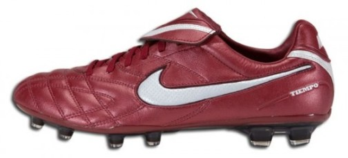 Team Red Nike Tiempo Legend