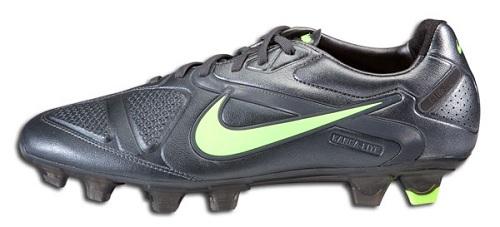 Dark Shadow Nike CTR360 Maestri