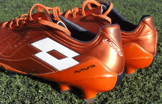 Futura 100 Soccer Cleat