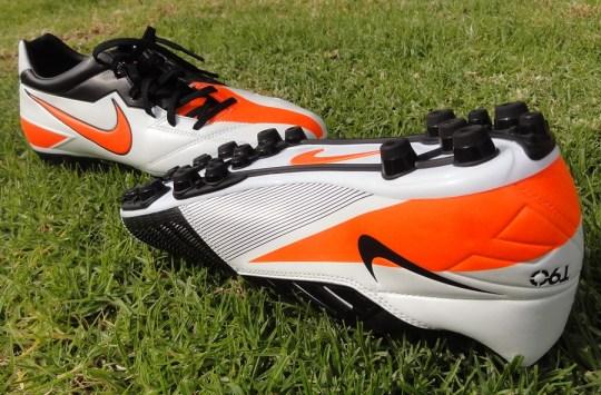 Nike T90 Strike AG