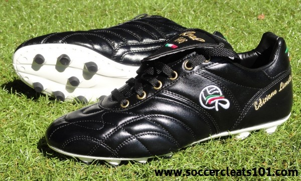 Ryal 1946 Soccer Cleats