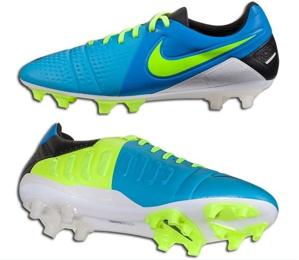Current Blue Nike CTR360 Maestri
