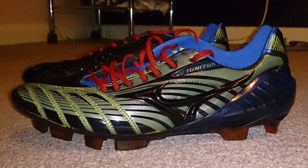 Mizuno Wave Ignitus Blackout (b)