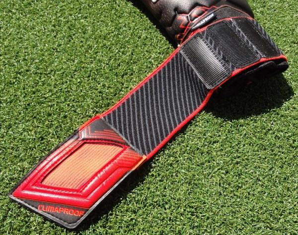 Adidas Predator Pro ClimaProof Wrist Strap Open