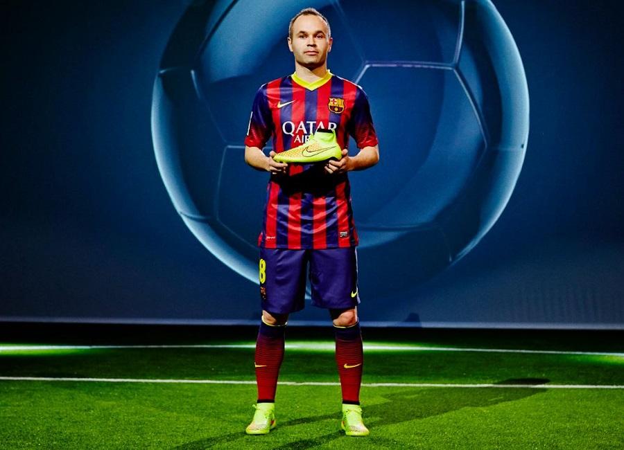 color Juicio lavanda  Iniesta Magista   Soccer Cleats 101
