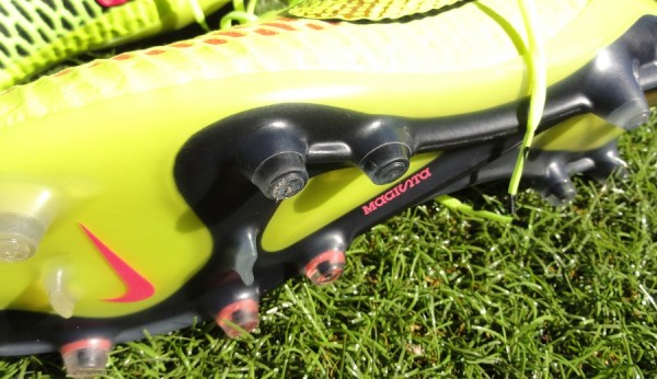 Nike Magista Soleplate + Stud Configuration