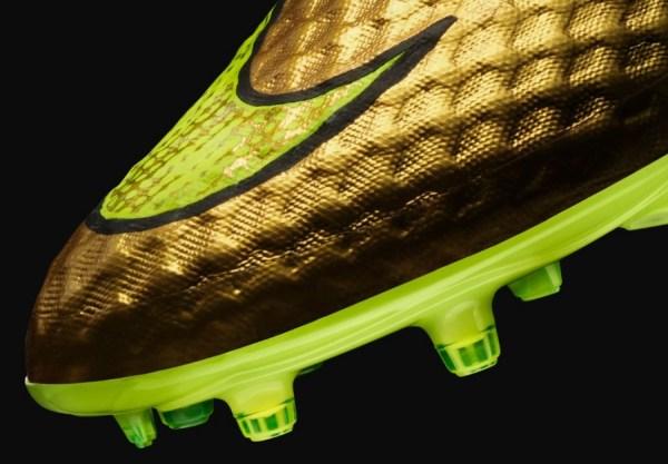 Gold Neymar Hypervenom