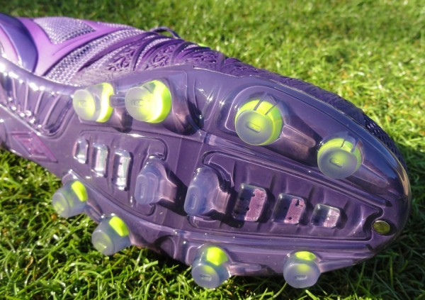 Umbro UX-1 Soleplate and Forefoot Studs