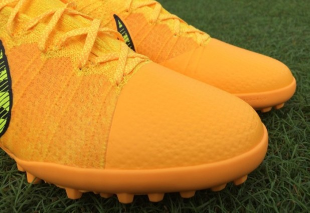 Elastico Superfly Upper