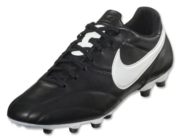 Best Recommended Boot Options For Soccer Coaches  8d0b1ebdea4b