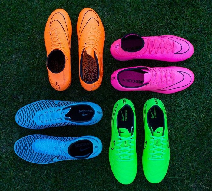 """Pink Mercurial Superfly Highlights Nike's """"Lightning Storm"""" Pack"""