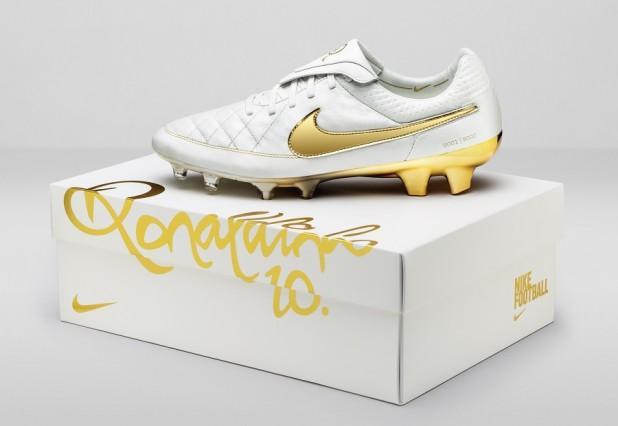 Nike Ronaldinho Tiempo Gold BOX