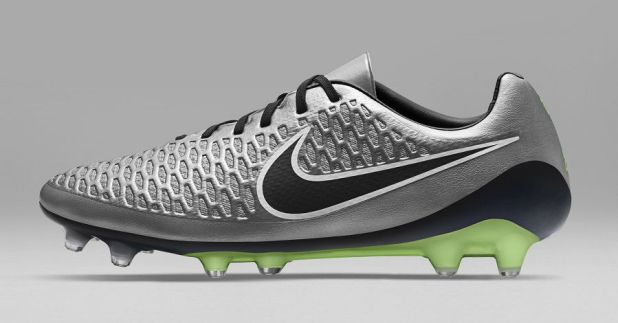 Liquid Chrome Magista Opus