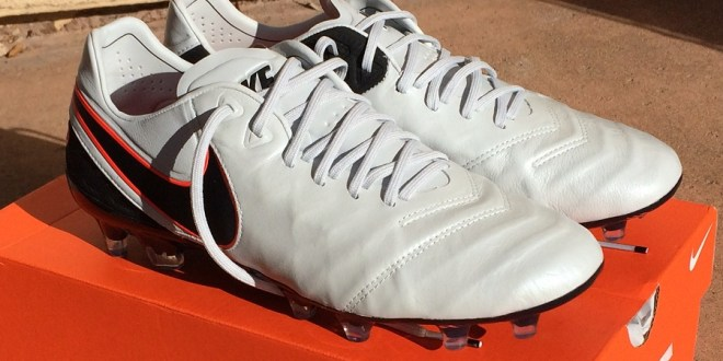 best website b9f89 16c8b Nike Tiempo Legend 6 - Complete Boot Review   Soccer Cleats 101