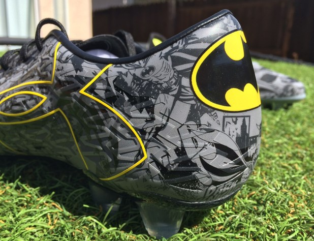 Under Armour Clutchfit Batman Upper Heel