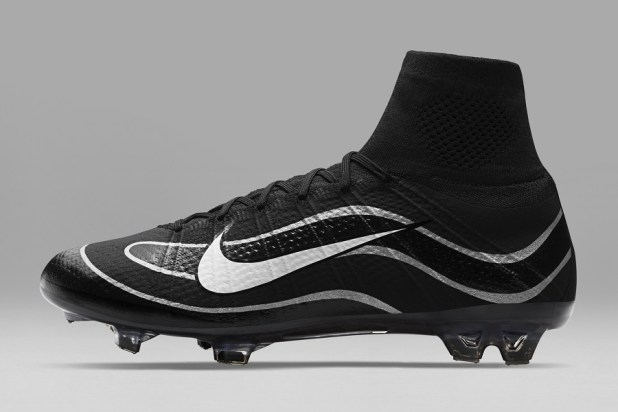 R9 Mercurial Superfly iD Black