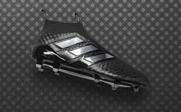 Checkered Black ACE17