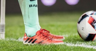 Lionel Messi's 16.1 Red Limit Boots