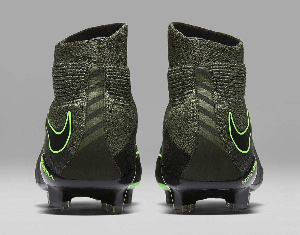 new products 3de7c 6e866 Nike Hypervenom 3 Goes