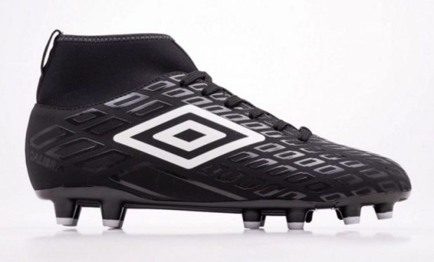 Umbro Calibra in Black