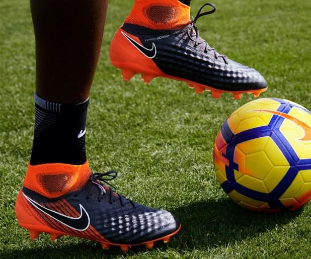 Nike Magista Fast AF Pack