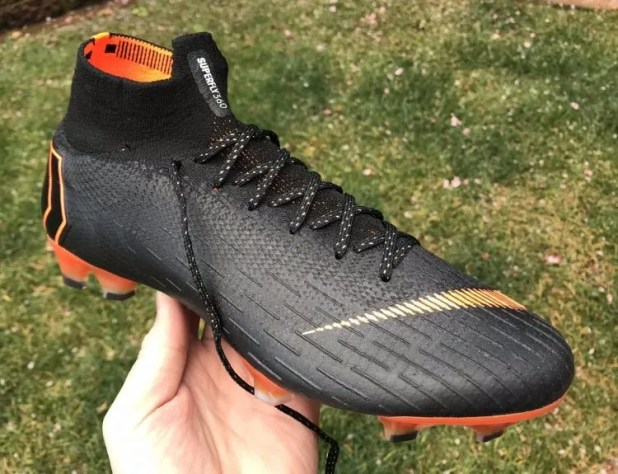 Mercurial Superfly 360 Elite Up Close