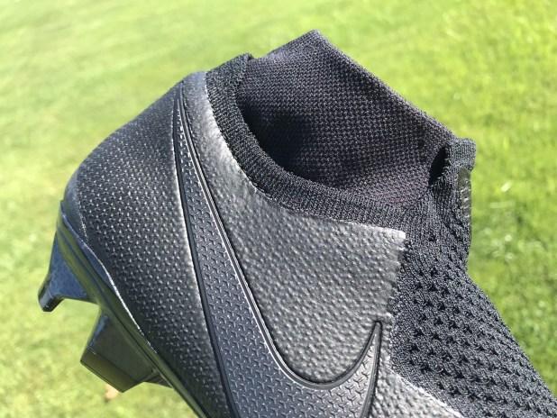 Nike PhantomVSN Collar