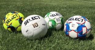 SELECT Soccer Balls 2018