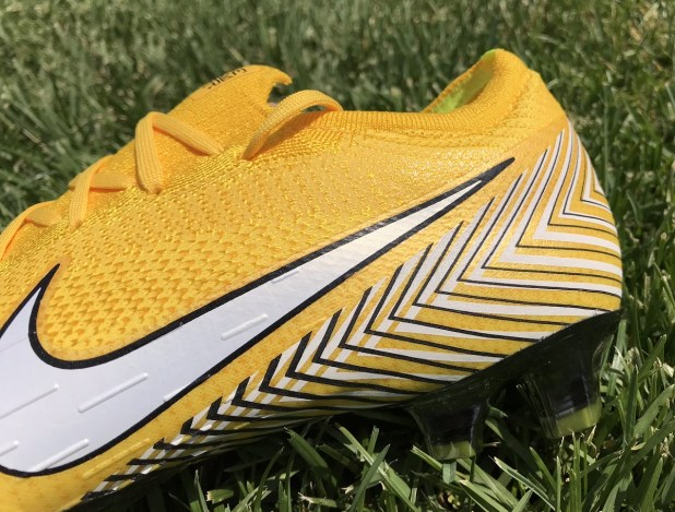Nike Mercurial Vapor NJR Heel Design