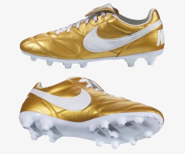 Nike Premier II in Gold Ronaldinho