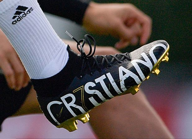 CR7 Boots Up Close