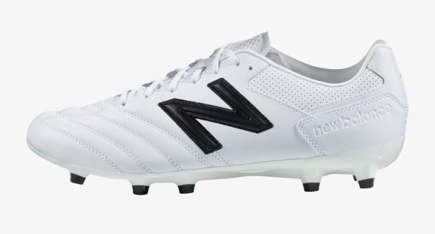 NB 442 white