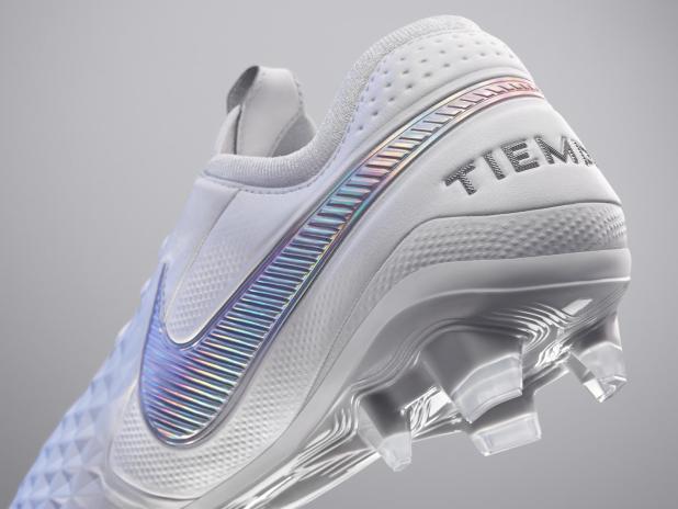 Nike Tiempo Legend 8 White
