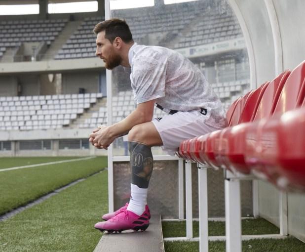 Messi in new Nemeziz 19.1 Colorway