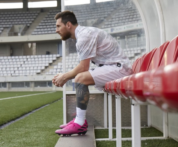 Messi in new Nemeziz 19.1 Colorway