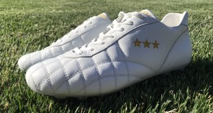 Pantofola D'oro Del Duca Up Close