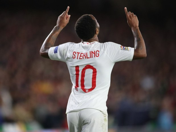 Sterling Shares his Boots