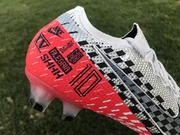 Nike Vapor NJR Speed Freak Detailing