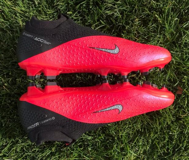 Nike PhantomVSN 2 Sideview