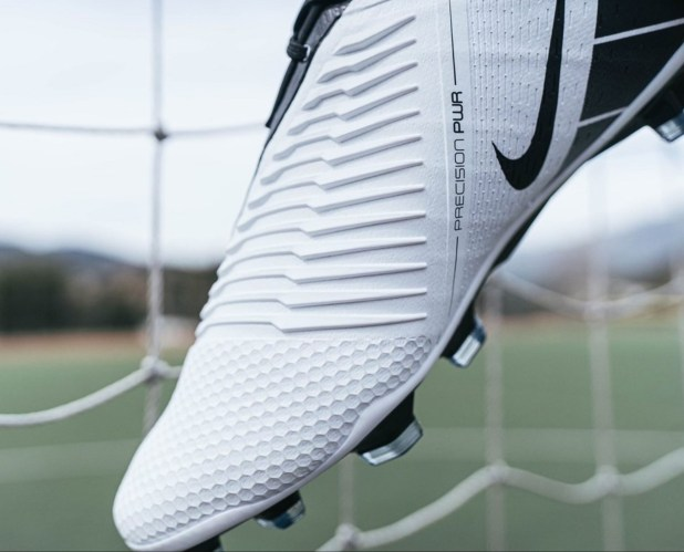 Nike PhantomVNM T90 Future DNA Strikezone