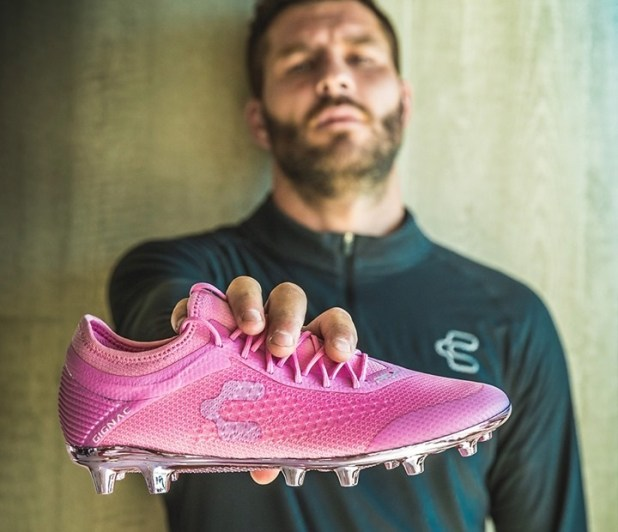 Gignac with Pink Charly Boots