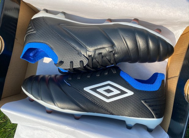 Umbro Tocco Pro Unboxing