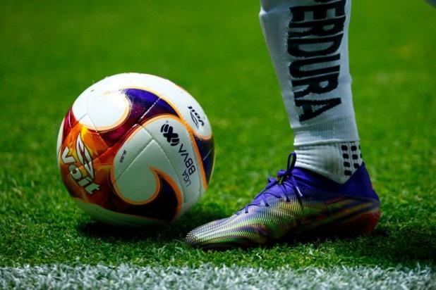 Voit Match Ball