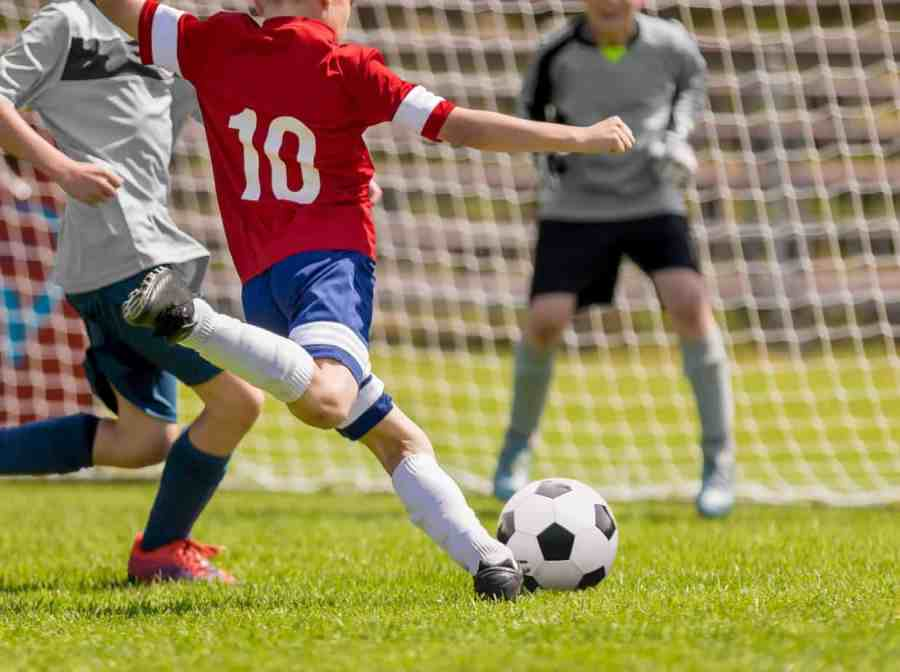 best soccer cleats for strikers
