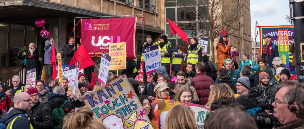 Dr Elke Heins explains why strong trade unions often go hand-in-hand with strong social protections.