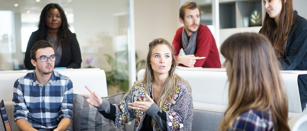 computer-working-person-group-people-meeting-559565-pxhere.com