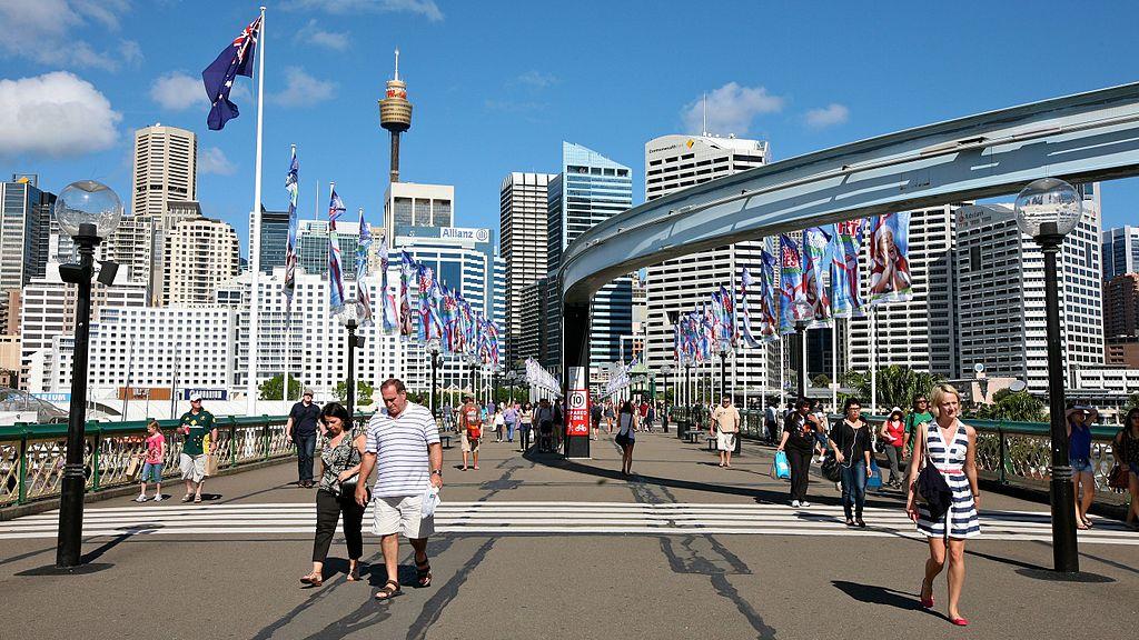 Crossing_the_Bridge_over_Darling_Harbour_(6619270395)