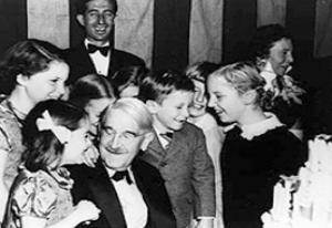 Center: John Dewey